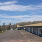 Oasis Motel and Campground: Our Motel